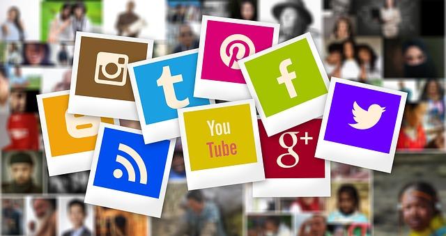 Sociální sítě na internetu