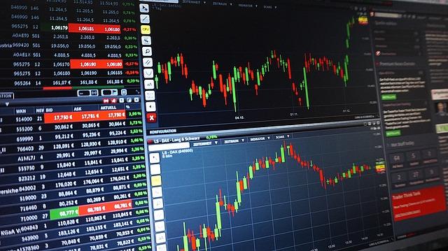 Nákup akcií u brokera XTB